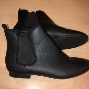 Old Navy Shoes - Old Navy Black Ankle Shoe Boot